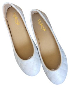 Refresh White Flats