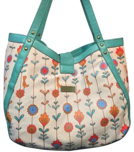 Vanessa boulton Tote in White And Floral