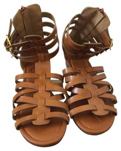 Bella Marie Medium tan Sandals