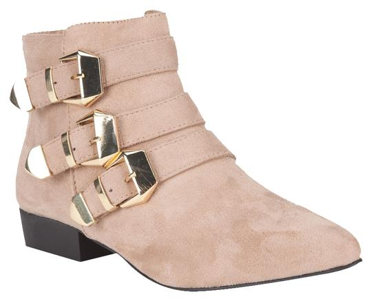 Preload https://item4.tradesy.com/images/city-classified-bootsbooties-size-us-8-1970698-0-0.jpg?width=440&height=440