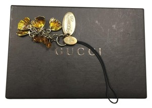 Gucci Gucci leaf Cell Phone Charm