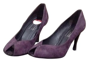 Donald J. Pliner Plum Pumps