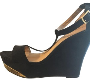 Xhilaration Black w/Gold Accent Wedges