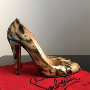 Christian Louboutin Tiger print Pumps
