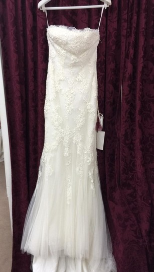 Preload https://item3.tradesy.com/images/pronovias-off-white-morbido-tulle-and-lace-uraguay-feminine-wedding-dress-size-2-xs-1971002-0-1.jpg?width=440&height=440