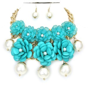 Turquoise Blue Flower Garden Gold Chain Crystal Accent Pearl Necklace Bib Collar and Earring Set