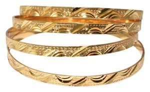 Other Half Moon Golden Touch Diamond Cut Touch Thin Bangles