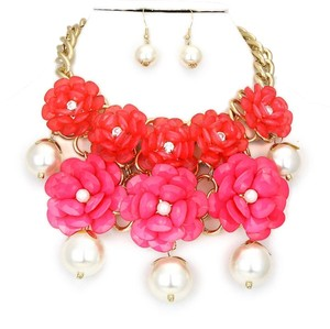 WOW Fuchsia Pink Flower Garden Gold Chain Crystal Accent Pearl Necklace Bib Collar and Earring Set