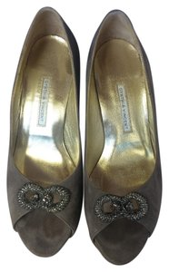 Twelfth St. by Cynthia Vincent Embelleshed Jewels Sparkle Suede gray Pumps
