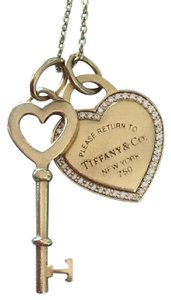 Tiffany & Co. Return to Tiffany Heart and Key