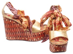 Giuseppe Zanotti One Of Kind Wedge Unique tan/gold Wedges