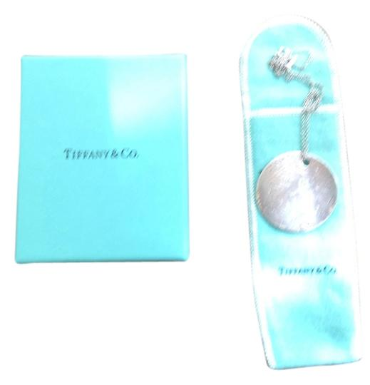 Preload https://item4.tradesy.com/images/tiffany-and-co-silver-necklace-1971268-0-0.jpg?width=440&height=440