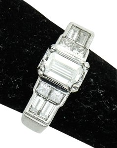Shane Co * Shane Co Emerald Cut Diamond Ladies Platinum Ring