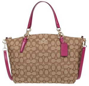 Coach Tote in Fuschia