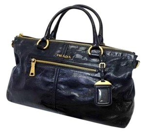 Prada Satchel in Nero (black)