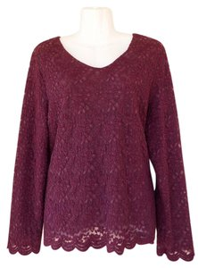 JM Collection Longsleeve Lace Floral Scalloped V-neck Top purple