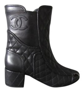 Chanel Short Ankle Leather Cc Cc Logo Quilted Stitching Black Boots