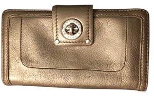 Marc by Marc Jacobs Totally Turnlock Flap Clutch Wallet