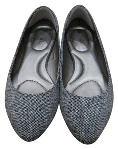 Kelly & Katie Ballet Flat Pointed Toe black/white Flats