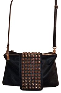 Be Exclusive Cross Body Bag