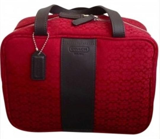 Preload https://item4.tradesy.com/images/coach-toiletry-maroon-deep-red-canvas-weekendtravel-bag-197183-0-0.jpg?width=440&height=440
