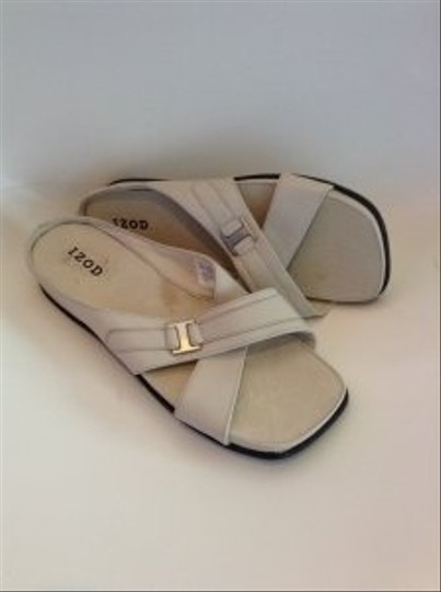 Izod Helen Leather Slides Size 7.5 bone Sandals
