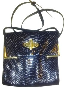 Gianni Bini Magnetic Snap Cross Body Bag