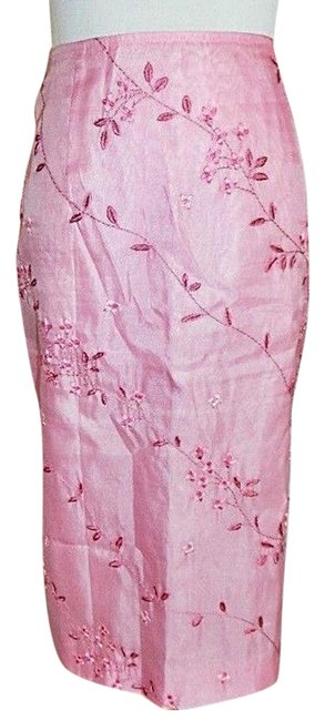 Item - Pink Straight Lined Embroidered Skirt Size 4 (S, 27)