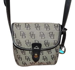 Dooney & Bourke Purse Cross Body Bag