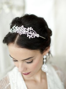 Mariell Silver Popular Crystal Headband Or with Vintage Art Deco Floral Design 4008hb Tiara