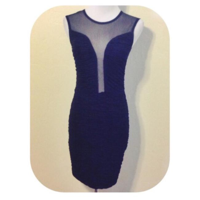 Item - Above Knee Night Out Dress Size 4 (S)