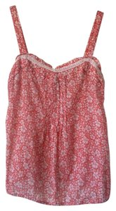 Old Navy Top Red and white floral print