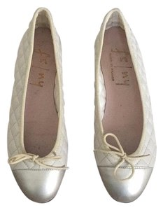 French Sole Cream Flats