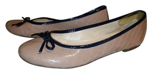 Jorge Alex Beige and Gray Flats