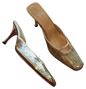Fendi Mule Gold Metallic Size 9.5 Metallic Gold Pumps