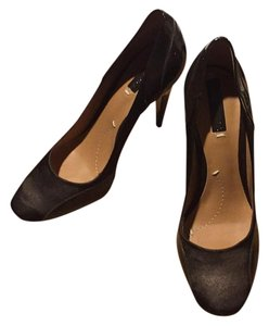 BCBGMAXAZRIA Brown Pumps