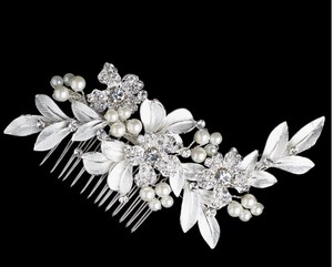 Elegance By Carbonneau Silver Plated Ivory Pearl Leaf Bridal Comb