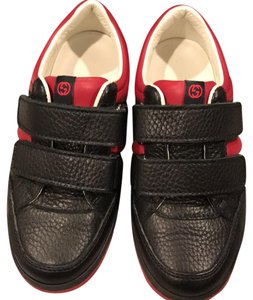 Gucci boys black and red Athletic
