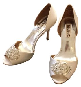 Badgley Mischka Wedding Salsa Satin Heels White Formal