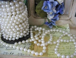 White 30ft Pearl Beaded Rope Reception Decoration