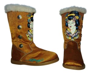 Ed Hardy Fur Lining Size Us 6 Multi-color w/bronze base. Boots