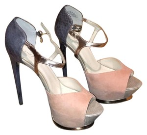 Boutique 9 Pink & grey Platforms
