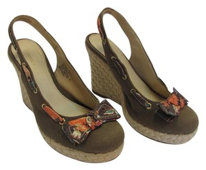 Xhilaration Size 8.oo M Very Good Condition Brown, Neutral, Coral, Wedges