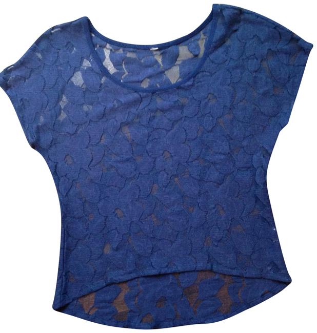 Preload https://img-static.tradesy.com/item/19728547/mossimo-supply-co-blue-open-lace-blouse-size-2-xs-0-3-650-650.jpg