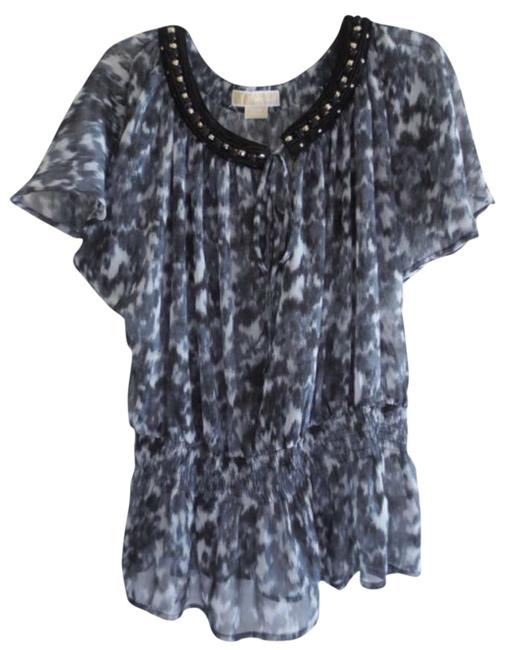 Preload https://item2.tradesy.com/images/michael-michael-kors-gray-trimmed-with-black-blouse-size-12-l-197286-0-0.jpg?width=400&height=650