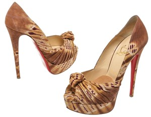 Christian Louboutin Brown/Tan Pumps