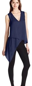 BCBGMAXAZRIA Top Dark ink