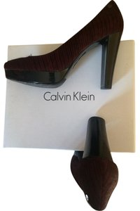Calvin Klein Burgundy/black Pumps