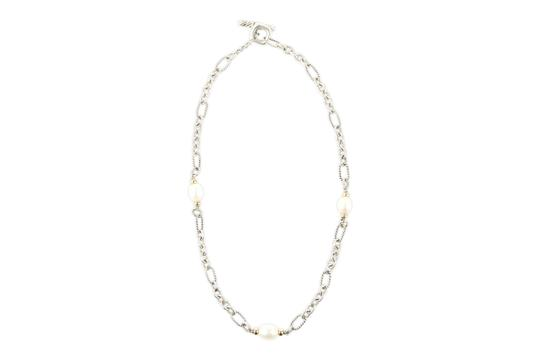 Preload https://img-static.tradesy.com/item/19734150/david-yurman-silver-18k-gold-and-pearl-chain-necklace-0-4-540-540.jpg