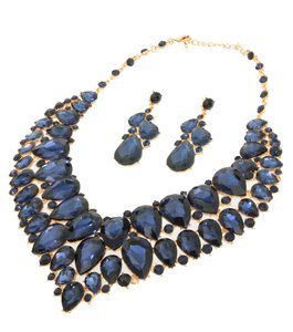 Stones Statement Necklace Set